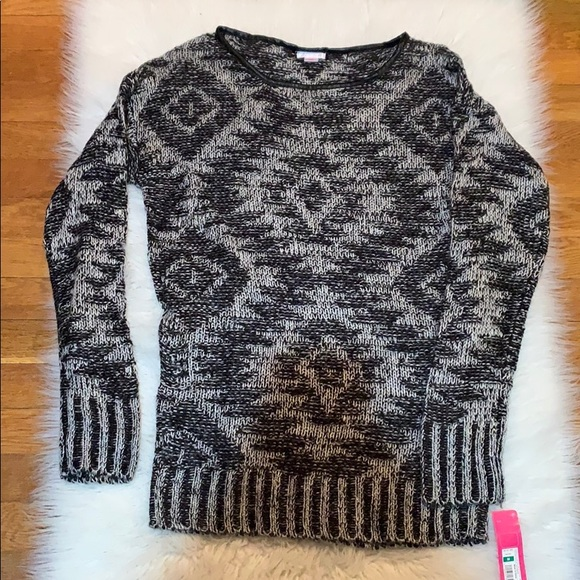 NWT black and white printed sweater